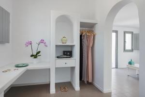 Villa Irini Fira - Adults Only, Apartmanok  Fíra - big - 8
