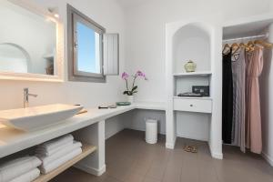 Villa Irini Fira - Adults Only, Apartmanok  Fíra - big - 10