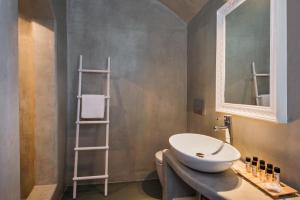 Villa Irini Fira - Adults Only, Apartmanok  Fíra - big - 16