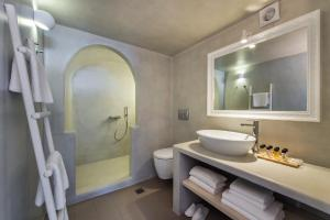 Villa Irini Fira - Adults Only, Apartmanok  Fíra - big - 34