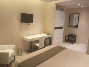 Mina Accomodation, Guest houses  Tropea - big - 17