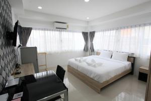 Living by Grace, Apartments  Thalang - big - 1