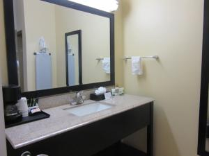 Executive Inn and Suites Tyler, Мотели  Tyler - big - 28