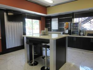 Executive Inn and Suites Tyler, Мотели  Tyler - big - 21