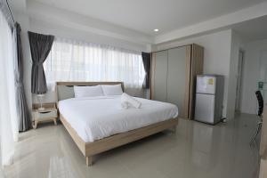 Living by Grace, Apartments  Thalang - big - 11