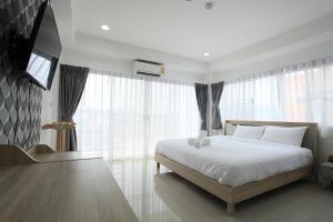 Living by Grace, Apartments  Thalang - big - 2