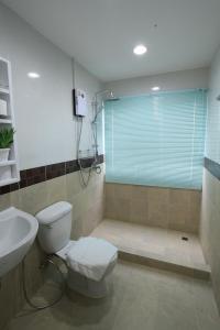 Living by Grace, Apartments  Thalang - big - 10