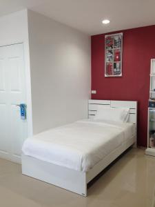 Living by Grace, Apartments  Thalang - big - 6