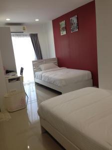Living by Grace, Apartments  Thalang - big - 5