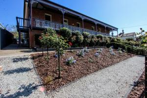 Bairnsdale Bed and Breakfast, Bed and breakfasts  Bairnsdale - big - 21