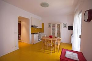 Residence Selenis, Apartments  Caorle - big - 49