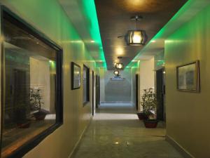 Hotel New Park Plaza, Мини-гостиницы  Харидвар - big - 10