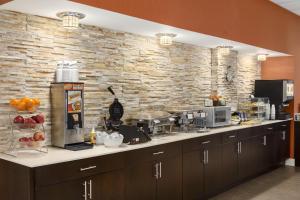 Country Inn & Suites by Radisson, Nashville Airport, TN, Hotels  Nashville - big - 21