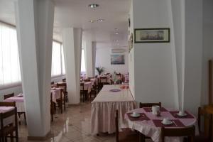 Hotel Tonti, Hotels  Misano Adriatico - big - 51