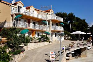 3 star pension Guest House Bebic Lumbarda Croatia