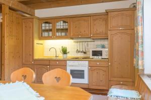 Ferienhaus Alp Chalet, Prázdninové domy  Kochel - big - 39