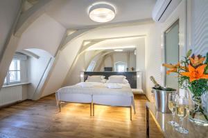 Golden Star, Hotels  Prag - big - 9