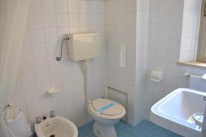 Hotel Tonti, Hotels  Misano Adriatico - big - 18