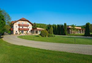 Hotel Honti, Hotels  Visegrád - big - 16