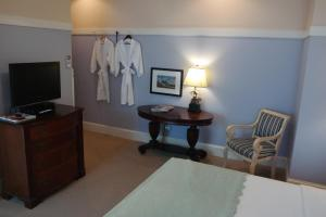 Beach Spa Bed & Breakfast, Bed and Breakfasts  Virginia Beach - big - 22