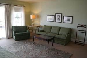 Beach Spa Bed & Breakfast, Bed and Breakfasts  Virginia Beach - big - 9