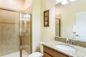 Luxury 4 Bed / 3 Bath Villa at Storey Lake, Prázdninové domy  Kissimmee - big - 1