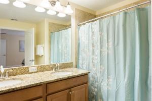 Luxury 4 Bed / 3 Bath Villa at Storey Lake, Prázdninové domy  Kissimmee - big - 15