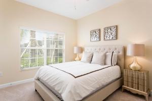 Luxury 4 Bed / 3 Bath Villa at Storey Lake, Prázdninové domy  Kissimmee - big - 6