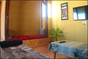 Bungalow Curro Pareja 131, Dovolenkové domy  Conil de la Frontera - big - 17