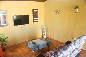 Bungalow Curro Pareja 131, Dovolenkové domy  Conil de la Frontera - big - 19