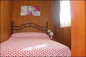 Bungalow Curro Pareja 131, Dovolenkové domy  Conil de la Frontera - big - 23