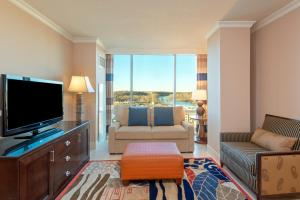 One-Bedroom Condo with Lake View