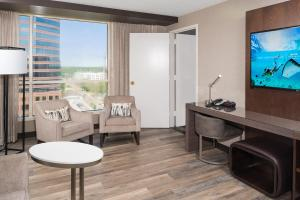 Room With One King Bed or Two Double Beds - Concierge Level