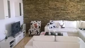 Villa Bellerose, Case vacanze  Bozhurets - big - 71
