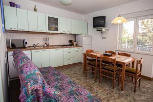 Apartment Pavica, Апартаменты  Нови-Винодолски - big - 11