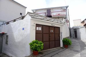 Guesthouse Adi, Penziony  Mostar - big - 43