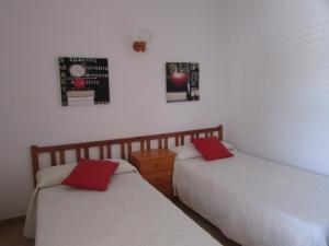 Apartamentos Ferrer, Апартаменты  Пляж Эс-Фигераль - big - 8
