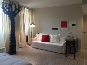 So&Leo Guest House - AbcAlberghi.com