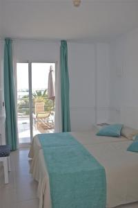 Hostal Brisa Marina, Penziony  Port d'Alcúdia - big - 9