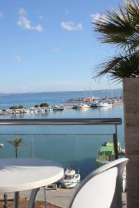 Hostal Brisa Marina, Penziony  Port d'Alcúdia - big - 17