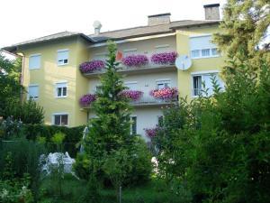 Kirchenwirt, Hotel  Velden am Wörthersee - big - 19