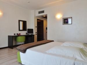 Park Hotel Cassano, Szállodák  Cassano d'Adda - big - 12