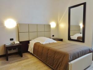 Park Hotel Cassano, Szállodák  Cassano d'Adda - big - 19