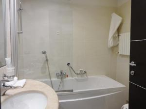 Park Hotel Cassano, Hotely  Cassano d'Adda - big - 37