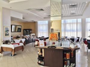 Park Hotel Cassano, Hotely  Cassano d'Adda - big - 38