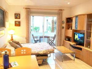 Sitges Seafront Apartment, Apartmány  Sitges - big - 22