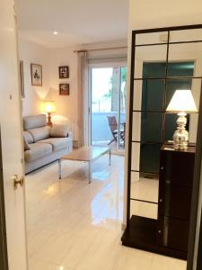 Sitges Seafront Apartment, Apartmány  Sitges - big - 25
