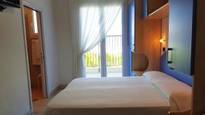 Hotel Trocadero, Отели  Риччоне - big - 58