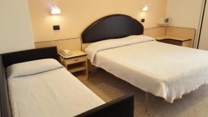 Hotel Trocadero, Szállodák  Riccione - big - 28