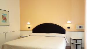 Hotel Trocadero, Отели  Риччоне - big - 61